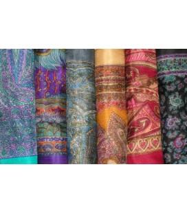 Lot de 10 foulards en soie naturelle